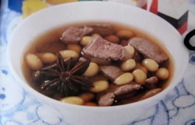 黄豆煮猪肝汤