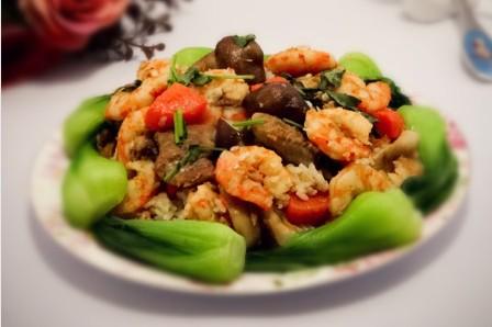 大虾烧蘑菇排骨饭