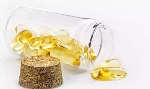 鱼油油的功效与作用_深海鱼油的功效与作用