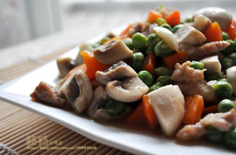 胡萝卜青豆炒蘑菇[有图]