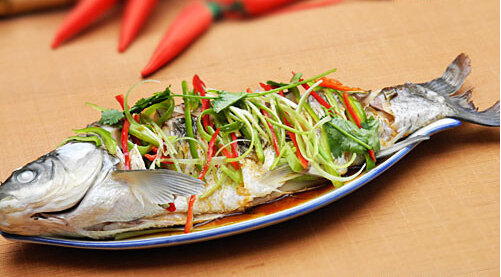 清蒸草鱼的家常做法,清蒸草鱼怎么做好吃