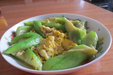 丝瓜炒鸡蛋的做法[有图],丝瓜炒鸡蛋怎么做好吃