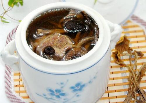 茶树菇排骨汤的做法,茶树菇排骨汤如何做