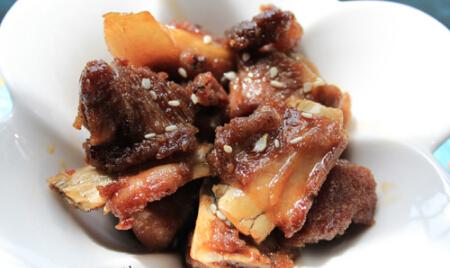 开胃美食――糖醋排骨的家庭普通做法