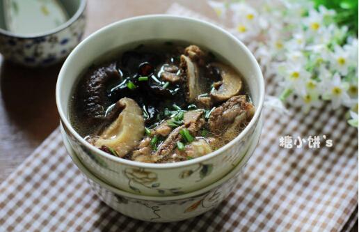 蘑菇炖排骨汤怎么做好吃[多图]