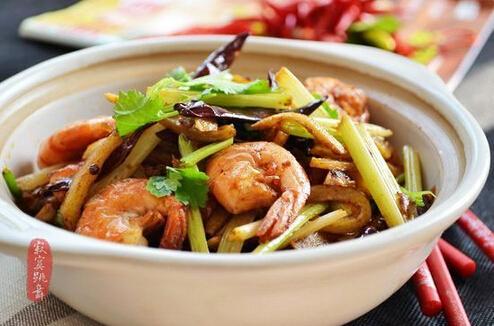 干锅香辣土豆虾的做法