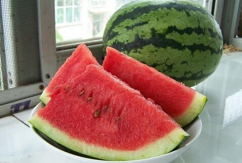 孕妇可以吃西瓜吗,孕妇能吃西瓜吗