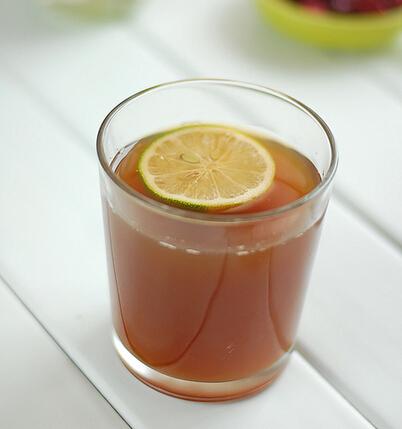 薄荷水果冰茶的有图做法